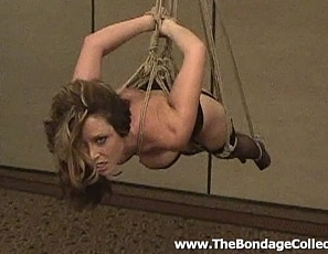 Christina_Carter_-_Hanging_Around